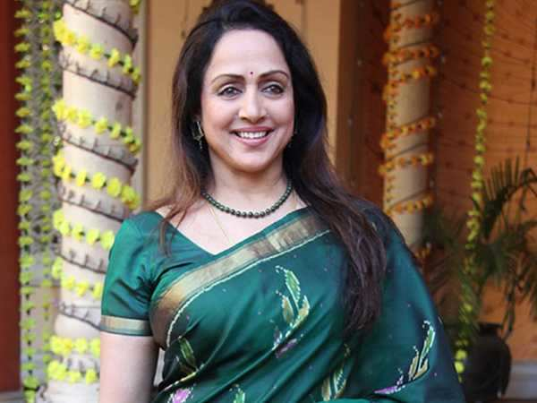 Hema Malini honoured at the Indian Film Festival of Russia