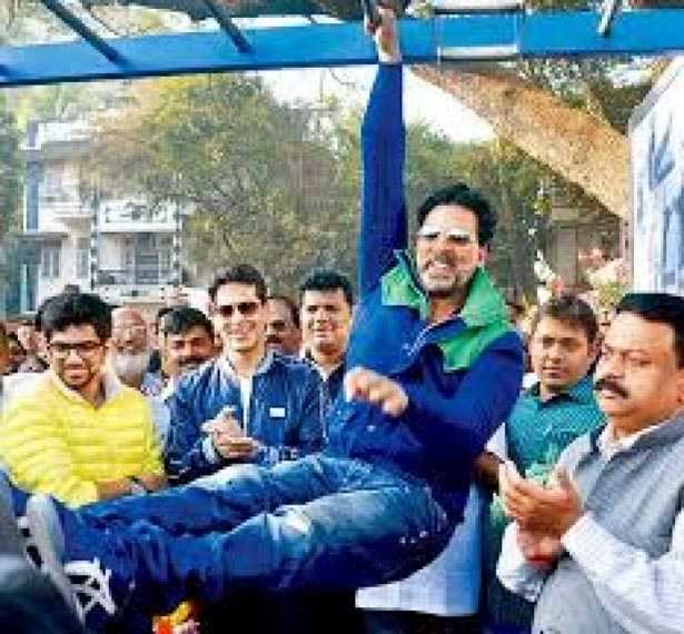 Headline: Birthday special: 10 pictures that prove Akshay Kumar is the