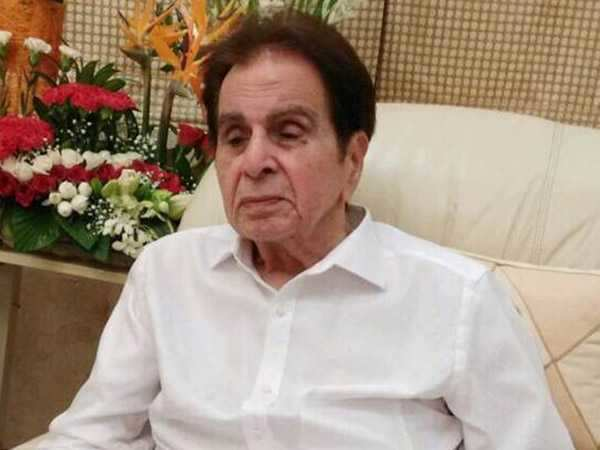 Dilip Kumar gets emotional after listening to fans messages