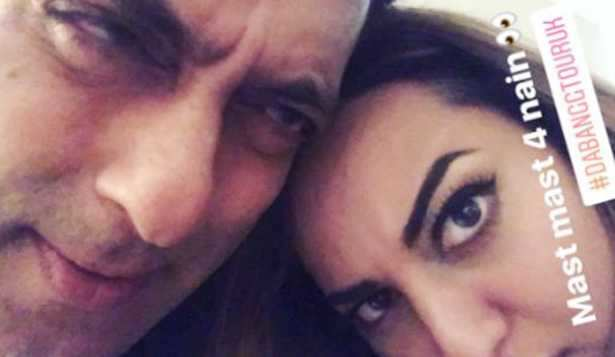 Sonakshi Sinha gets nostalgic with Salman Khan in London