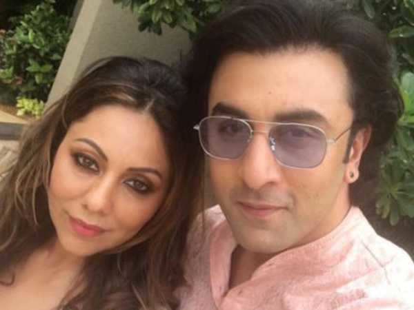 Ranbir Kapoor visits Gauri Khan at her store in town