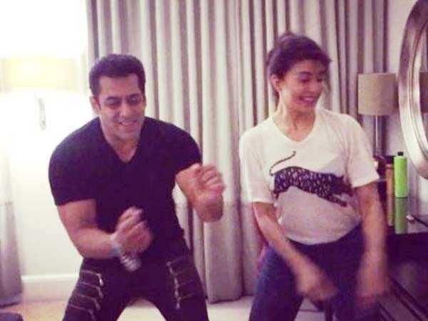 Jacqueline Fernandez gets Salman Khan grooving toTan Tana Tan for Varun Dhawan