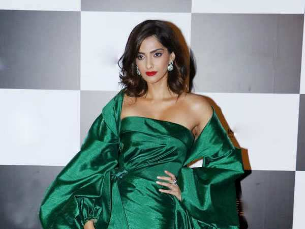 Is this Sonam Kapoor's best red carpet look to date?