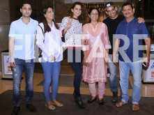 Photos: Kangana Ranaut spends time with sister Rangoli and her mother