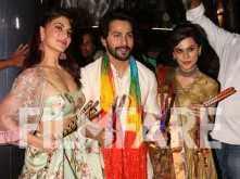 Varun Dhawan, Jacqueline Fernandez and Taapsee Pannu play dandiya with Falguni Pathak!