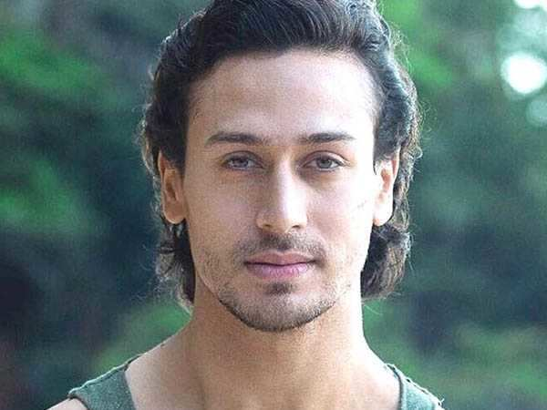Tiger Shroff wants to feature in a biopic on football star Cristiano Ronaldo