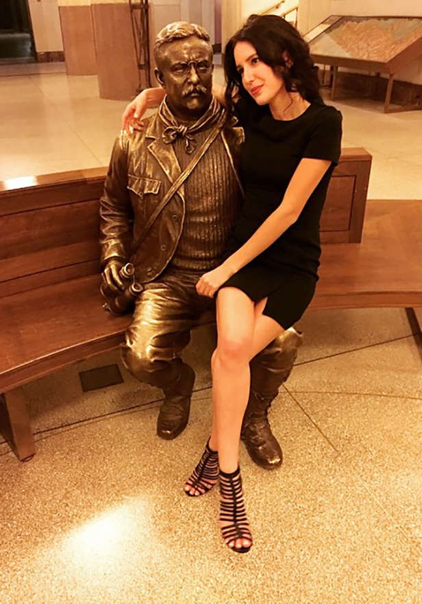 Katrina Kaif, Isabel Kaif