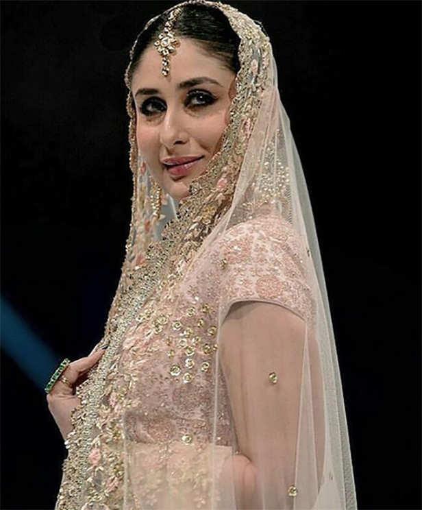 Manushi Chillar, Kareena Kapoor Khan
