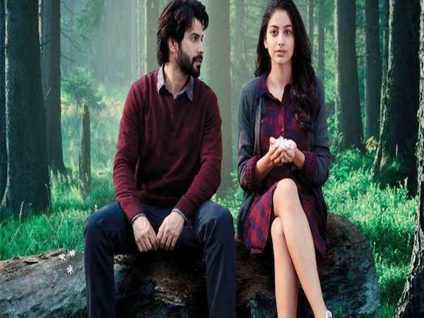 Celebs review Varun Dhawan's October
