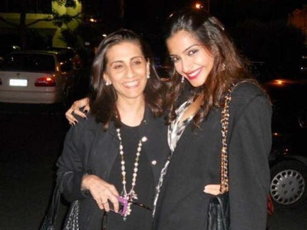 Video! Sonam Kapoor's mother has taken charge of her daughter's big fat wed