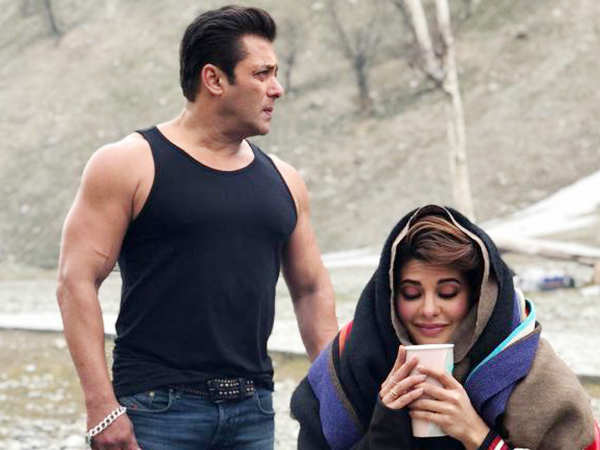 Here are the latest pics from the sets of Race 3