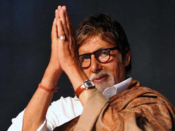 Amitabh Bachchan pens an emotional letter after his blog completes 10 years