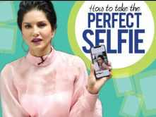 Sunny Leone teaches us how to take the perfect selfie