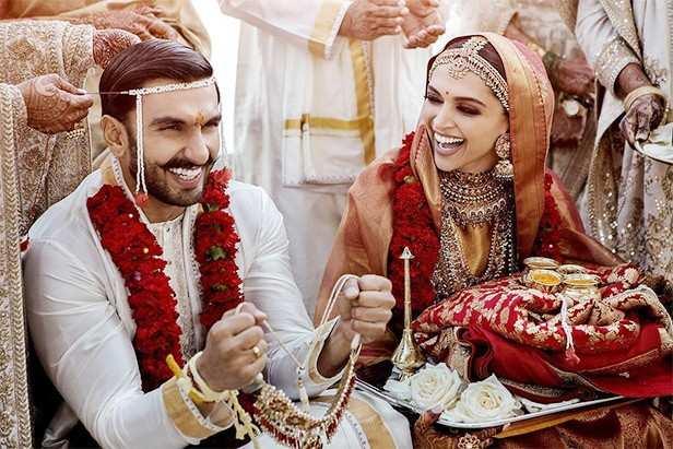 Deepika Padukone, Ranveer Singh, DeepVeer, Filmfare