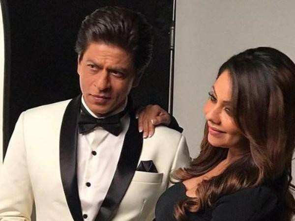 Shah Rukh Khan proves why he is the perfect husband yet again