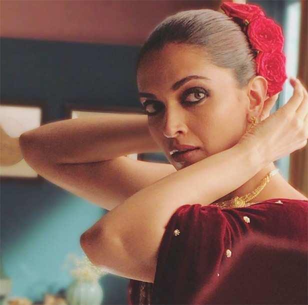 Deepika Padukone, Rajkummar Rao, Meghna Gulzar, Filmfare