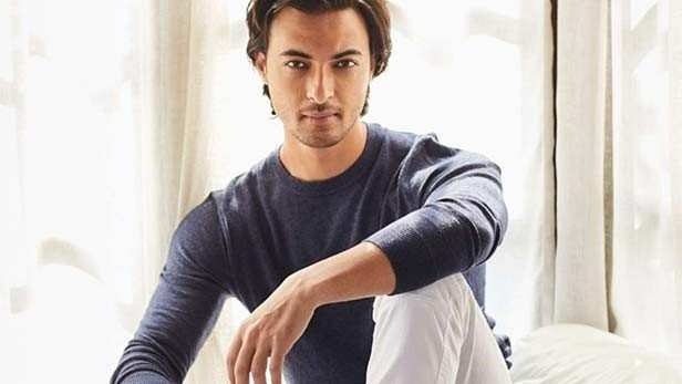 "Aayush Sharma is all set to woo the audience once again. He will reportedly be seen in the remake of the hit Marathi film, Mulshi Pattern. Salman Khan's production house is said to have acquired the rights of the film which was released in November. ""Earlier this week, Salman had a meeting with Aayush at his office to discuss the project. They have yet to finalise the director and the hunt is on for the leading lady. Unlike his debut film, LoveYatri, which was a love story, this one will see Aayush in a more serious avatar. He will start training in action soon,"" a source told thus to a leading daily.  The story of Mulshi Pattern revolves around farmers who having lost their land, turn to petty crimes stemming from frustration and poverty. Some farmers eventually turn into ganglords.  The Marathi film starring Om Bhutkar was inspired by true incidents which took place in Pune's Mulshi taluka and was directed by Pravin Vitthal Tarde. It also starred like Mahesh Manjrekar, Mohan Joshi and Upendra Limaye.  Meanwhile, Aayush isa said to have signed another film alongside Sanjay Dutt, which will be going on floors by May 2019. The actor will be getting trained for some hardcore action for that project."