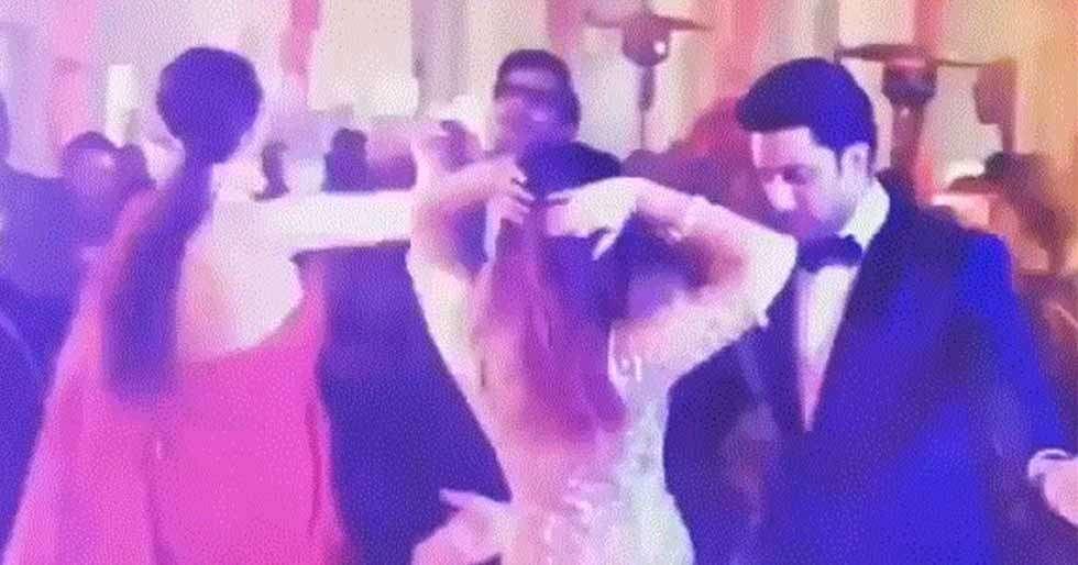 Deepika-Ranveer and Abhishek-Aishwarya have an epic dance off
