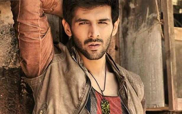 Kartik Aaryan has had a successful year as with the release of Sonu Ke Titu Ki Sweety the actor entered the prestigious Rs 100 crores club. Well, apart from this, Kartik has a great mix of scripts in his kitty including Kirik Party and Luka Chuppi. The actor has almost wrapped up the shooting schedule of Luka Chuppi and now the actor has signed his next project with Anees Bazmee. Though Kartik has been finalized for the project, the makers are still looking for an actress to cast opposite him. The film will be produced by Bhushan Kumar and the makers want an actress who hasn't worked with him before.  Anees Bazmee has been working on the script for a while and will have his trademark style. Kartik will essay the role of a college student and loved the script. The film will go on floor by mid next year in Mumbai before moving abroad for further shoots. The recce for the film will begin early next year. Well, we are excited for this new project, what about you?