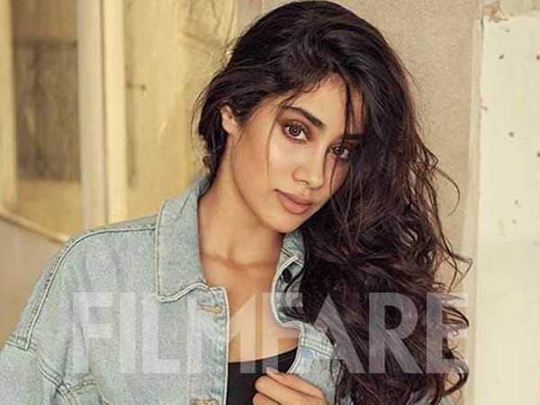 Janhvi Kapoor begins preparations for Gunjan Saxena biopic