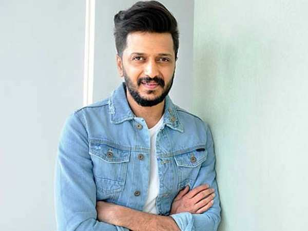 Exclusive! Riteish Deshmukh gets chatting with Filmfare