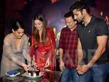 Ankita Lokhande rings in her 34th birthday with team Manikarnika