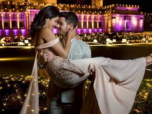 Priyanka Chopra and Nick Jonas redefine love in this picture