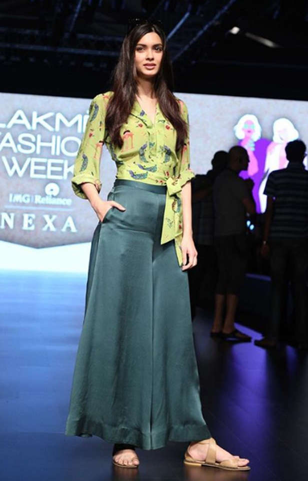 Take a look at the fashion round up of Lakme Fashion week 2018
