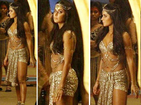 Katrina Kaif looks ravishing in a shimmery ensemble as she shoots for Thugs of Hindostan