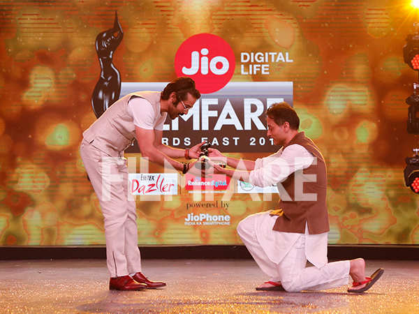30 Super starry inside pictures from the Jio Filmfare Awards (East) 2018