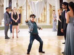 Shah Rukh Khan all set to promote Zero during all festivals this year
