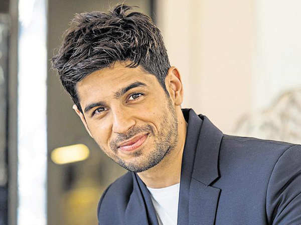Sidharth Malhotra to star in the Hindi remake of Kannada film Kirik Party