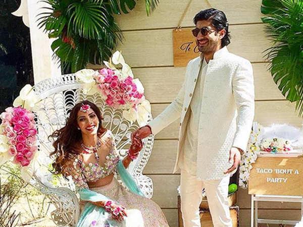 Sonam Kapoor, Arjun Kapoor, Khushi Kapoor have a blast at Mohit Marwah's pre-wedding celebrations!