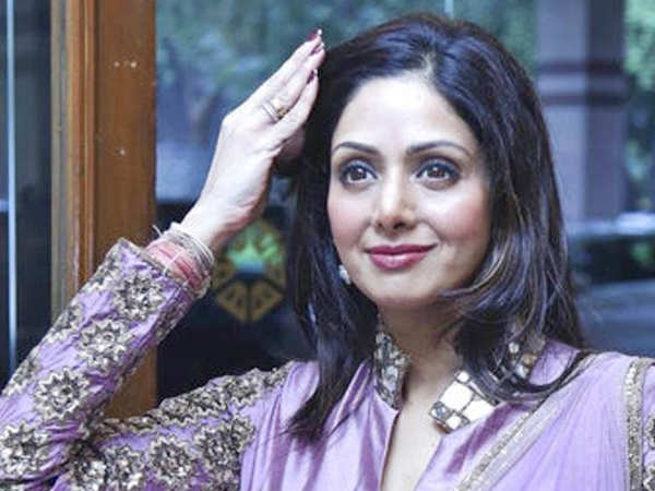 From Hema Malini, Rekha to Aishwarya Rai Bachchan, all paid their last respects to Sridevi