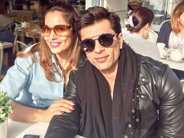 Bipasha Basu rubbishes all rumours of her pregnancy, makes an angry tweet!