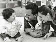 Saif Ali Khan and Kareena Kapoor Khan enjoy the winter sun with son Taimur Ali Khan