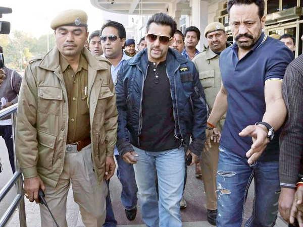 Salman Khan receives death threats from gangsters of Mumbai and Jodhpur