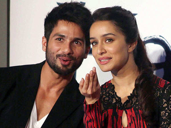 Shraddha Kapoor officially joins Shahid Kapoor in Batti gul meter chalu
