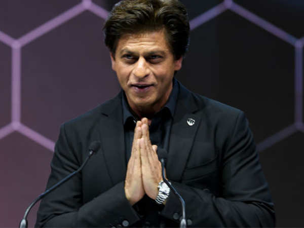 Shah Rukh Khan gives an emotional speech for wife Gauri Khan on receiving the Crystal Award