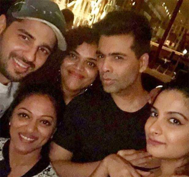 Sonam Kapoor, Karan Johar, Varun Dhawan party t