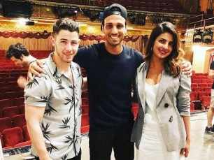 Latest pictures! Nick Jonas and Priyanka Chopra's night out in New York