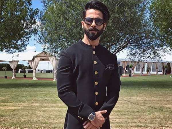Shahid Kapoor bags a new 3 film deal ahead of Batti Gul Meter Chalu