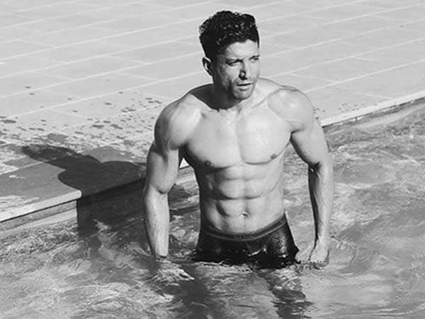 Here's how Farhan Akhtar is gearing up for Sky Is Pink