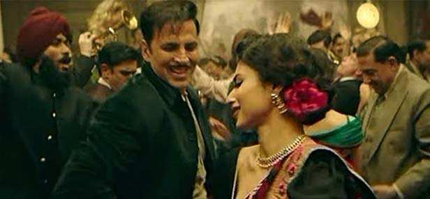 Here's what Mouni Roy has to say about her first film Gold with Akshay Kumar
