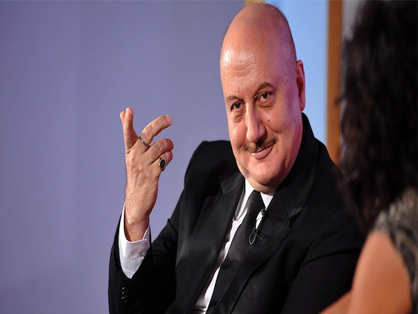 Anupam Kher to give a speech at the London School of Economics