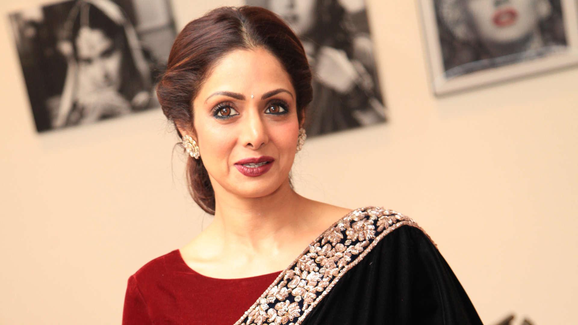 Rajnikanth cancels anniversary celebration to mourn Sridevi's demise