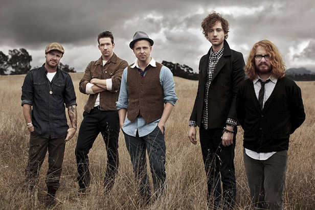 One Republic to perform in India. They will be hosted in a special bash along with Shah Rukh Khan and Deepika Padukone
