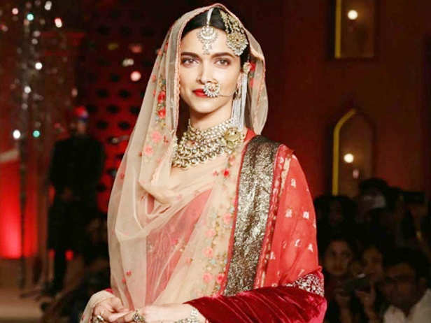 Deepika Padukone requests Sanjay Leela Bhansali to let her keep an outfit she wore in Padmaavat
