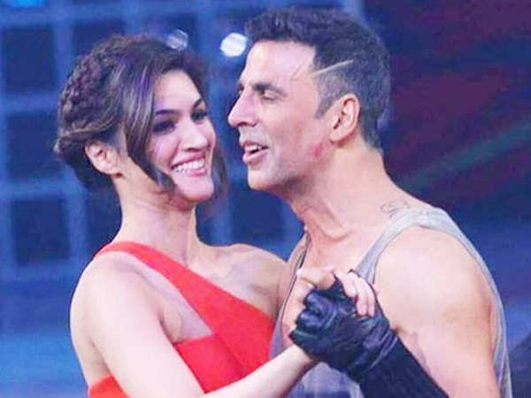 Confirmed! Kriti Sanon to star opposite Akshay Kumar in Housefull 4