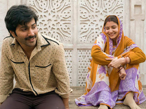Varun Dhawan and Anushka Sharma greeted by a massive crowd during the filming of Sui Dhaaga